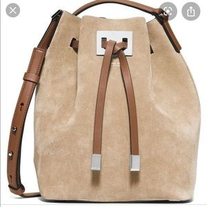 Bucket Miranda Suede Leather Shoulder Bag in Sand